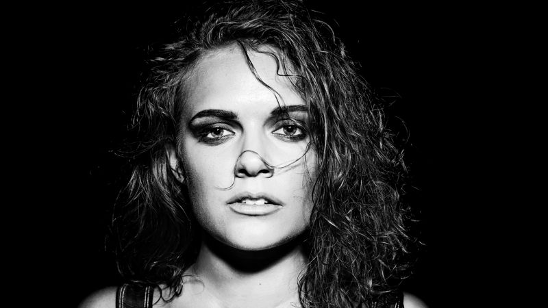 Datei:Tove Lo background.jpg